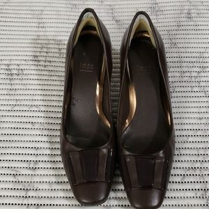 Impo Brown Leather Shoes Size 8.5